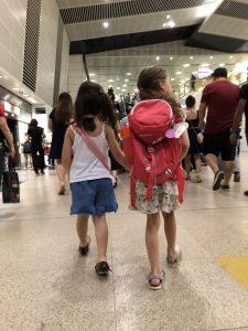 Inès et Célestine à la découverte de Singapour